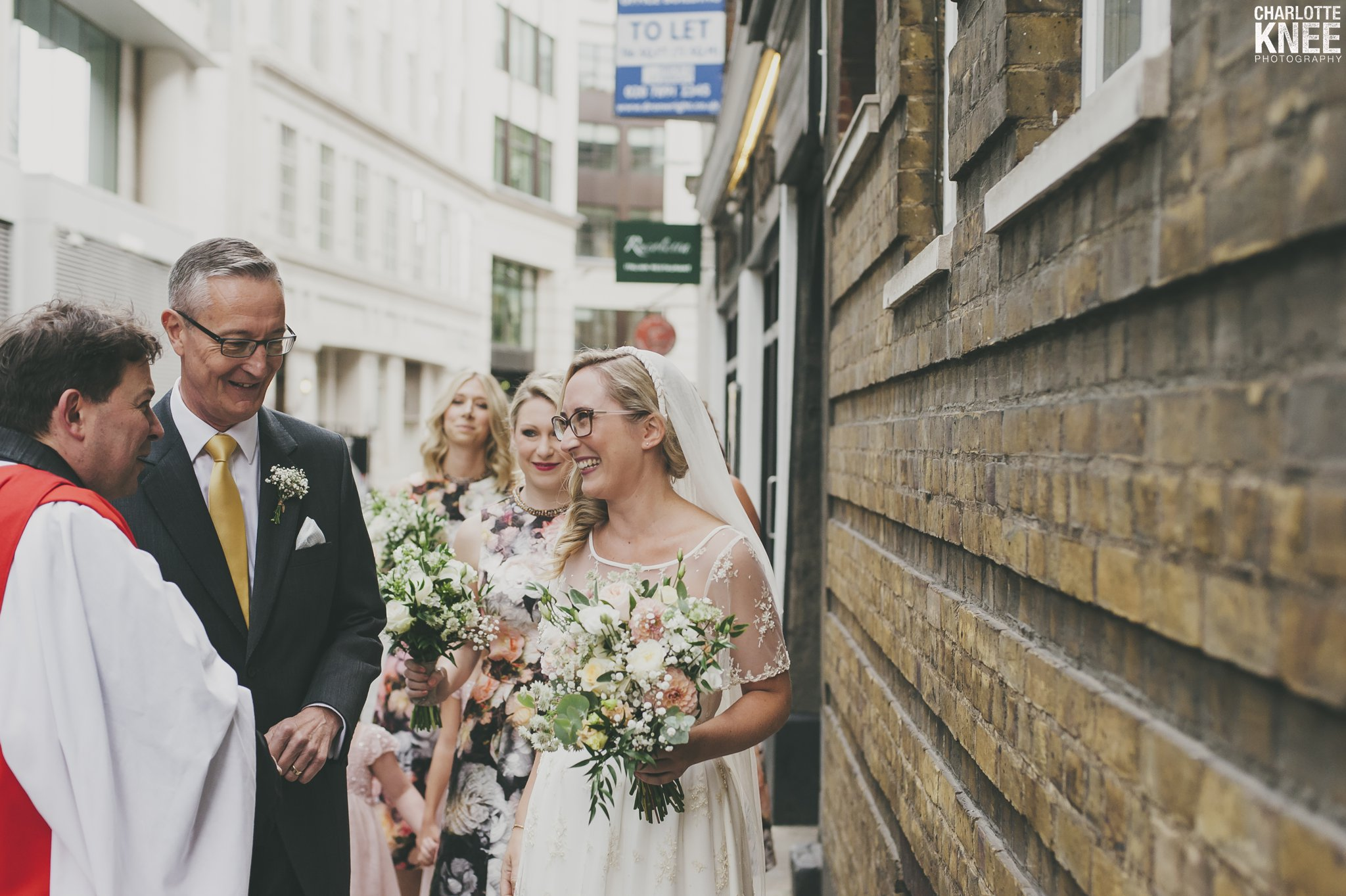 Saddlers Hall London Wedding Photography Copyright Charlotte Knee Photography_0067.jpg