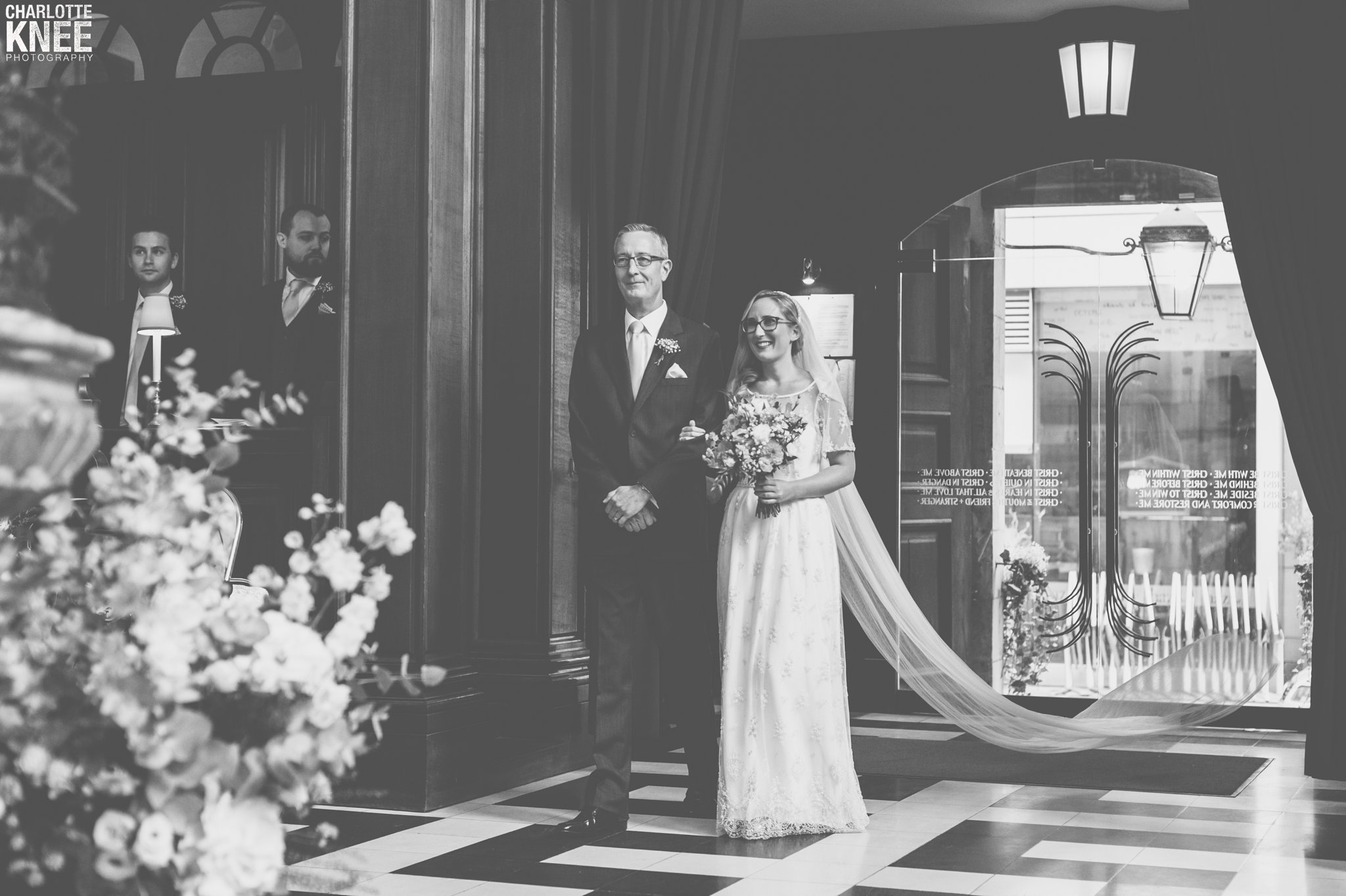 Saddlers Hall London Wedding Photography Copyright Charlotte Knee Photography_0073.jpg